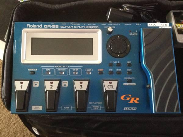 Roland GR-55 w/ GK-3 Pickup - for Sale in Moses Lake, Washington