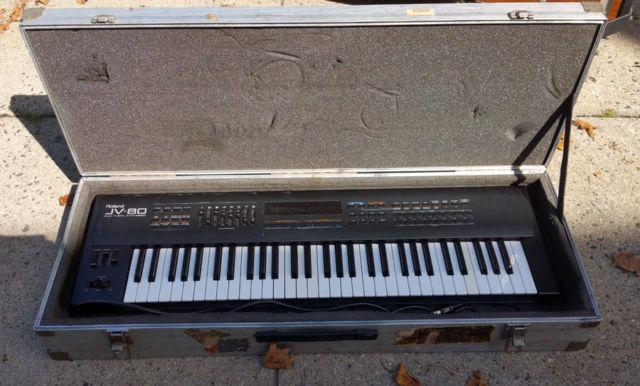 Roland JV80 Keyboard, Hard Case, Pop Expansion, Cards,