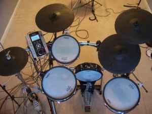 ROLAND V DRUMS, PD-125, KD-120, MADE FOR PORTABLITY,