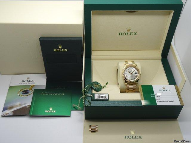 Rolex Day Date 40 228238 18k Yellow Gold Silver Roman Dial Mint