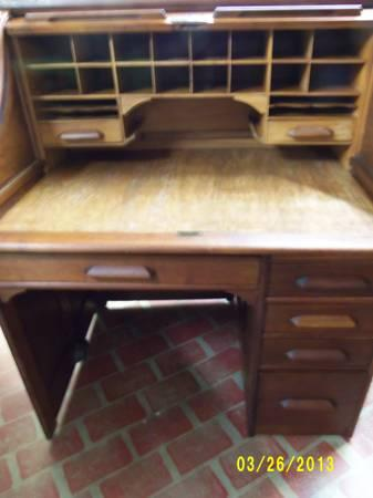 Roll Top Desk,antique - $595