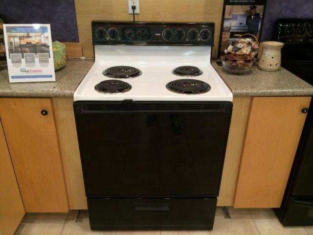 roper black white electric range stove oven used for sale in tacoma washington classified. Black Bedroom Furniture Sets. Home Design Ideas