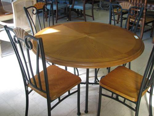 Round Oak Table with Black Metal Base and 4 Matching Chairs for Sale in Fort Wayne, Indiana ...