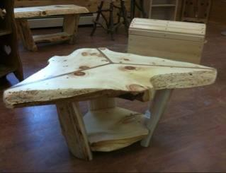 Rustic Triangle Coffee Table For Sale In Sault Sainte Marie - Triangle picnic table