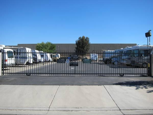 Rv Amp Boat Storage 10 X26 Month For Sale In Victorville