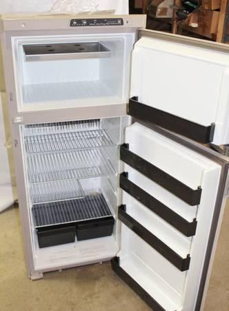 Rv Refrigerator For Sale >> Rv Refrigerator 2 Door Works Great 400