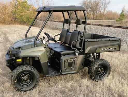 S L I C K 2009 Polaris Ranger 700 XP 4x4, runs great Has hard top