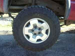 S10 4 Wheels Drive Rims Tires 31x10 50x15 Hot Wheelz