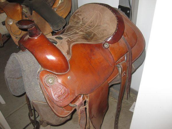 Saddle 17 Quot Maverick Longhorn Wichita Ks For Sale In