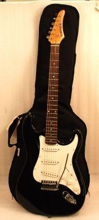 Samick LS-11BK Strat Style Electric guitar with Backpack Gig Bag - $90