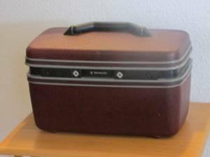 VINTAGE Samsonite Hard Shell Travel Cosmetic Luggage Case -