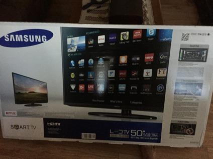 Samsung 50 inch Smart TV(Brand new)