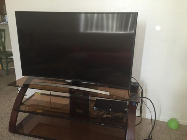 Samsung 55 Curved LED UHD TV FREE Stand