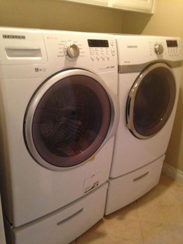 Samsung Front Loading Steam Washer Amp Gas Dryer On