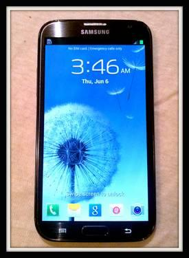 Samsung Galaxy Note 2 UNLOCKED, NICE!!?