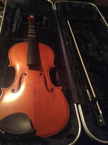 Samuel Eastman Full Size Violin with K. Holtz Bow