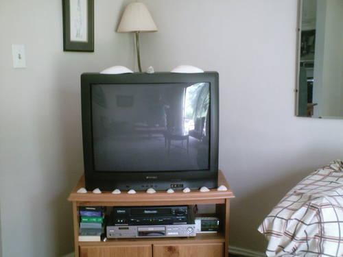 Sansui 27 inch TV, manual/ remote. TV Stand 19 deep x