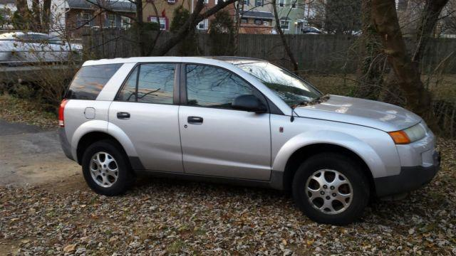 saturn vue awd 6cyl for sale in morton pennsylvania classified. Black Bedroom Furniture Sets. Home Design Ideas