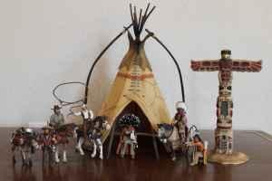 Schleich Cowboys And Indians With Tepee And Totem Pole