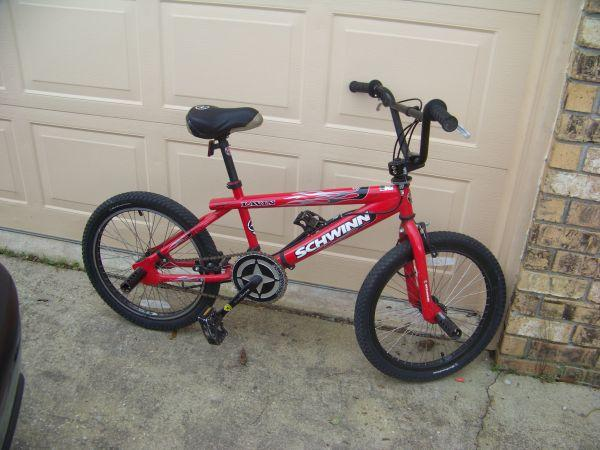 SCHWINN LAVIN BMX 20 INCH - (CANTONMENT) for Sale in ...