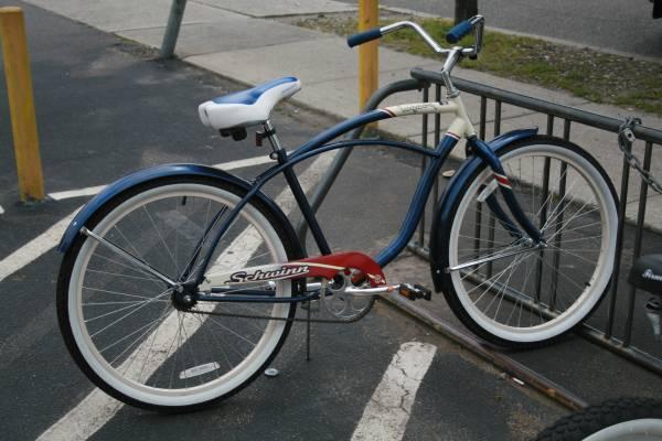 Schwinn Legacy 26in Cruiser - $115
