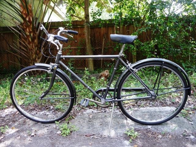 Schwinn-Mens Bicycle-US Made 1975 Racer 3-Speed