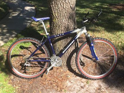 Schwinn - Moab 3 Mountain Bike MBX
