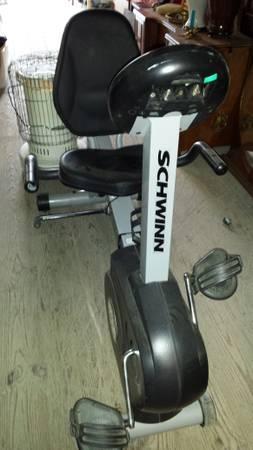 Schwinn RECUMBENT EXERCISE FITNESS STATIONARY BIKE - SRB 1500 - SWEET! -  $215