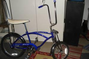 SCHWINN STINGRAY KRATE BIKE. - $350 CHARLOTTE