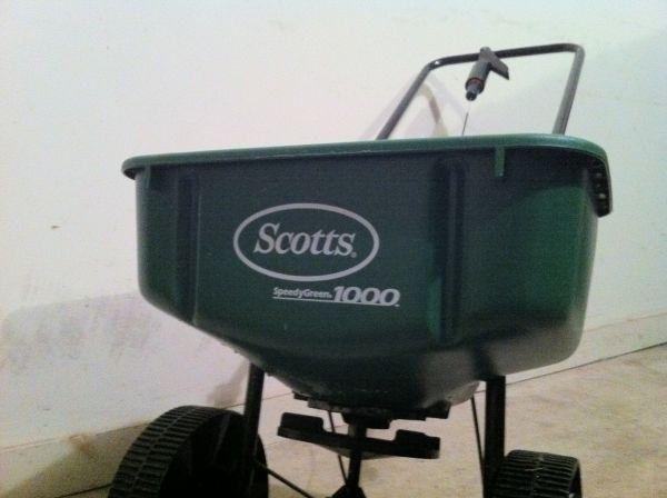 Scotts 1000 Spreader Glastonbury Ct For Sale In