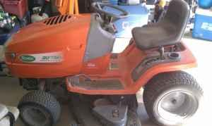 scotts riding mower - $500 (hixson)