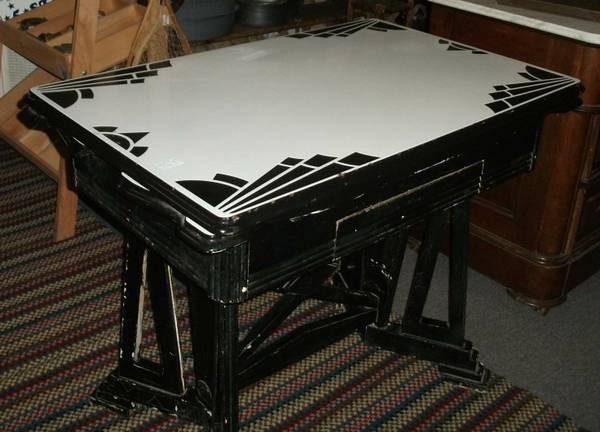 Screaming Art Deco Black Amp White Enamel Kitchen Table