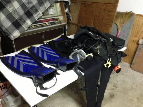 Scuba diving gears - $100 (Melbourne, FL)