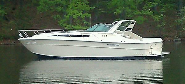Sea Ray 390 Express 1984 - $31500