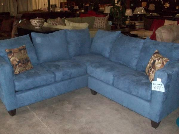 Awe Inspiring Sectional Sofa Blue Sky Floor Model Closeout For Sale Inzonedesignstudio Interior Chair Design Inzonedesignstudiocom