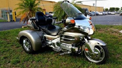 ??Sell -2002 HONDA GOLDWING CHAMPION TRIKE