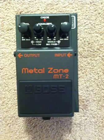 Selling VOX Valvetronix Amp. Boss Metal Zone and Noise
