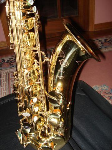 Selmer Super-Action 80 Series III Model 64 Bflat Tenor Saxophone