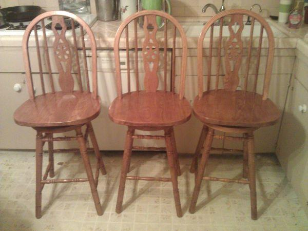 Set Of 3 Oak Wagon Wheel Style Bar Stools For Sale In