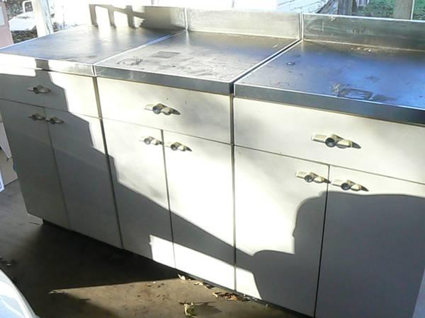SET OF 3 VINTAGE METAL KITCHEN CABINETS 1930 50 RETRO STYLE For Sale