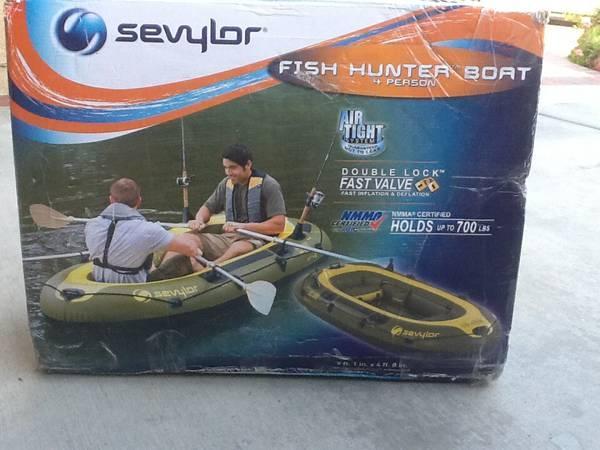 Sevylor fishing hunter inflatable 4 person boat for sale for 4 person fishing boat