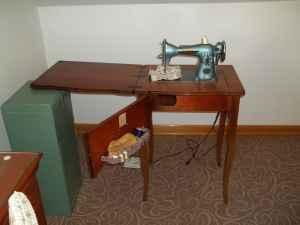 sewing machine 25 clarksburg wv 28814255