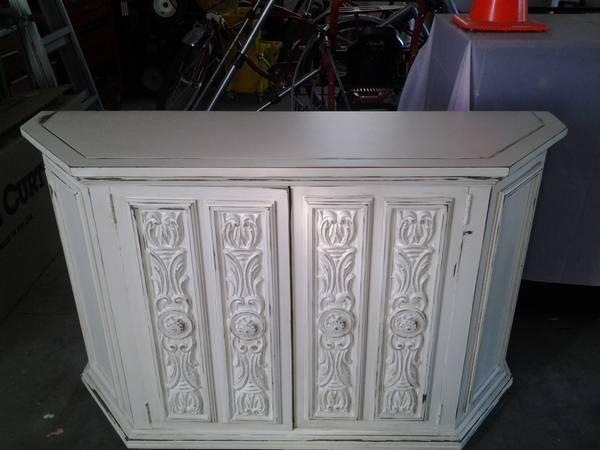 Shabby Chic Beautiful Multi Purpose Tv Cabinet For Sale