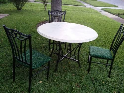 Shabby Chic Dinette With 3 Chairs For Sale In Clermont