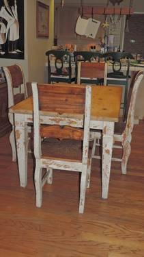 SHabby Chic Farmhouse Table And 6 CHairs For Sale In