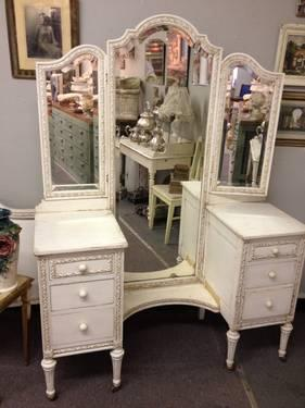 Shabby Chic Vanity Dresser For Sale In Dallas Texas