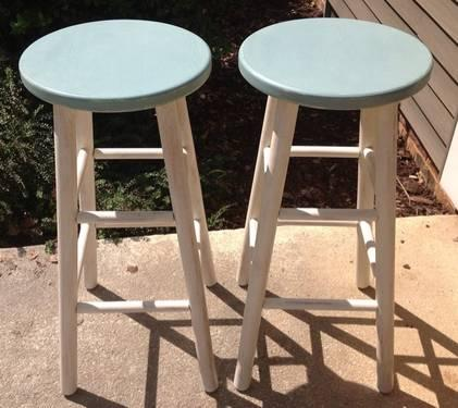 Shabby Chic Wooden Bar Stools