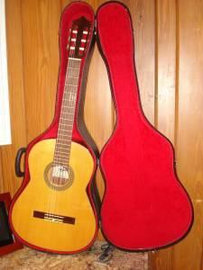 sigma martin classical guitar w case ocala for sale in ocala florida classified. Black Bedroom Furniture Sets. Home Design Ideas
