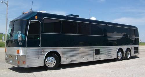 Silver Eagle Executive Entertainer Limo Coach Bus 1995