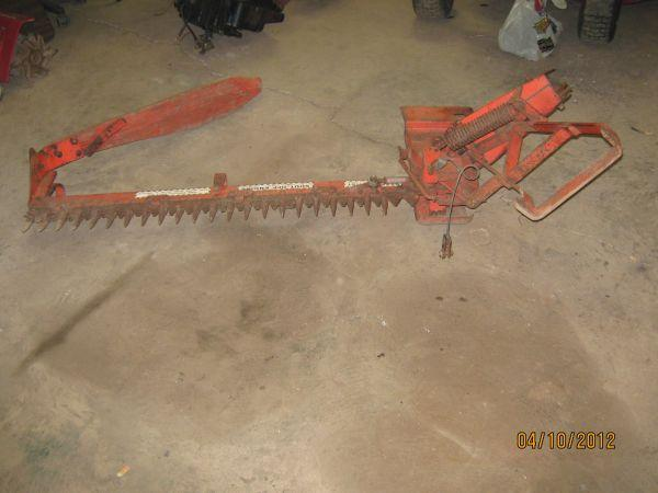 SimplicityAllis Chalmers 46 Sickle Bar Mower - $400 owosso